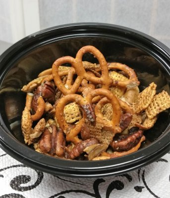 Individual Sweet and Spicy Chex Mix Snacks