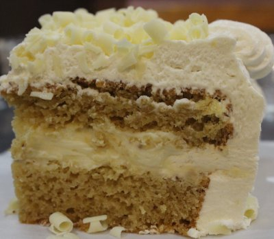 Banana Cream Specialty Cake