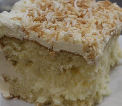Coconut Cream Specialty Cake