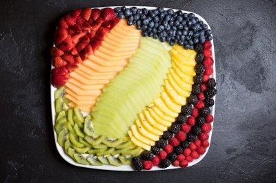 Fresh Fruit Platter -- medium